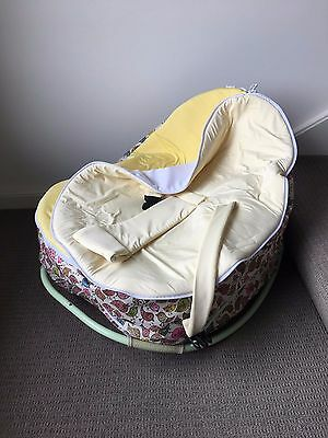 chibebe slumber pod with rocker and baby seat cover
