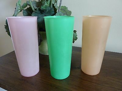 Vintage Tupperware Set Of Three Pastel Drinking Cups~Good Condition~Usa