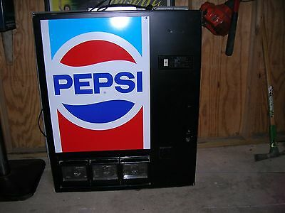 Pepsi Vending Machine BREAK ROOM, TABLE TOP, WORKING, NEW LOCK & KEYS