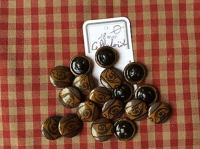 Lot de boutons anciens en celluloïd
