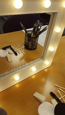Mirror with led lights makeup mirror hollywood mirror UK  batteries included