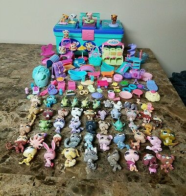 lps tackle box case, 54 pets and tons of accesories! littlest pet shop. Dogs