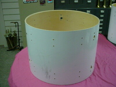 "Vintage 70's  LUDWIG  USA 22"" headsize x 16"" Deep White Bass Drum Shell No Res#2"