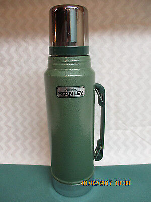Aladdin Stanley Thermos No. A-944DH Quart Vacuum Bottle Nice Condition Stainless
