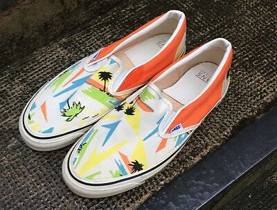 Vintage VANS style 98 Made In Usa Island Beach print