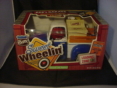 M&M's Sweet Wheelin' Red's Garage Candy Dispenser NEW Blue Truck IN BOX