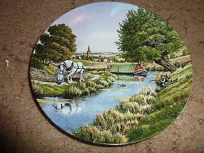 Decorative Plate -Royal Worceste Along the Towpath(The Romance of the Waterways)