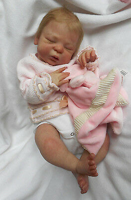 STUNNING Reborn Doll-  LEE LOU by CASSIE BRACE- SOLD OUT- Full Limbs- TOP ARTIST