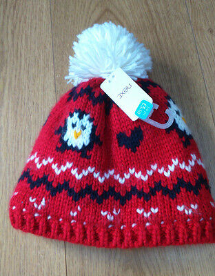 Lovely thick and warm penguin bobble hat from Next BNWT, 3-6 years