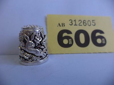 Vintage .925 Solid Silver Pictorial Thimble with Rabbit Decoration - Lon / 1986