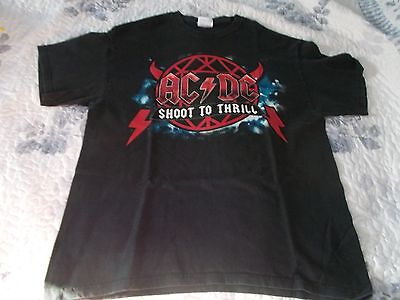 """AC / DC   Shoot To Thrill  """" TEE  [  Large  ]"""