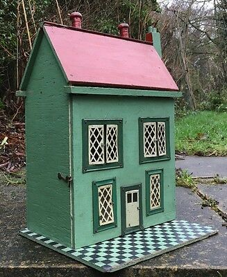 Lovely Vintage Small Hand Made Dolls House for Restoration