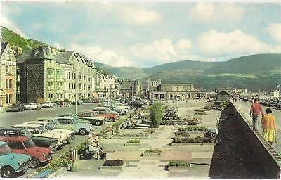 Scarce Postcard - The Promenade - Barmouth - Merionethshire 1965 Vintage Cars