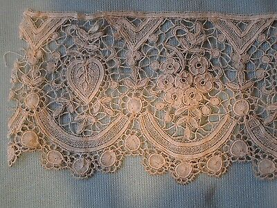 Hand Made Antique Duchesse de Bruges Bobbin Lace hearts flowers 6CM wide edge