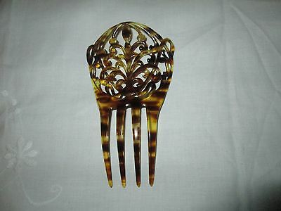 Vintage    Faux Tortoiseshell / Celluloid Hair Comb.