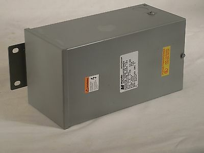 Jefferson Autotransformer 240 to 120 Volts  or 120 to 240 Volts  1.5 KVA(1500VA)