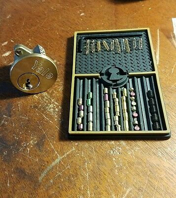 "Locksport practice -training lock- ""Build- A-Lock"" with pins"