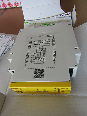 SNO 4003 Safety Relay Dual Channel, 24 Vac/dc 3NO Safety NC Auxiliary 5127712 P3