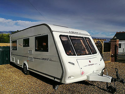 Compass Liberte Air Conditioned 4 Berth Fixed Bed Caravan 2004 with Motor Mover