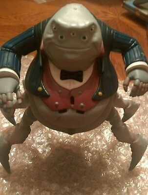 Mr Waternoose jump and growl collectable