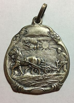 "ONE FARMING ANTIQUE STYLE 3-D MEDAL 1930s/1940s SIZE 1""by1 1/2"" #235"