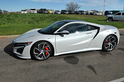 2017 Acura NSX NSX 2017 Acura NSX  Casino White w/Orchid *Working witjh Trades & Offers*