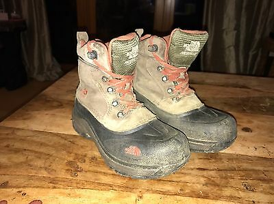 North Face Children's Chilkats Size 1 Waterproof Boots