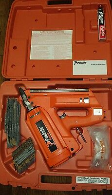 Nice Paslode Impulse Framing Nailer 404466 with case and extra nails