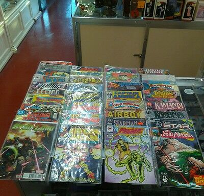 STEAL..!!!...GREAT HUGE lot of 32 comic books ALL MIXED VARIETIES DC MARVEL