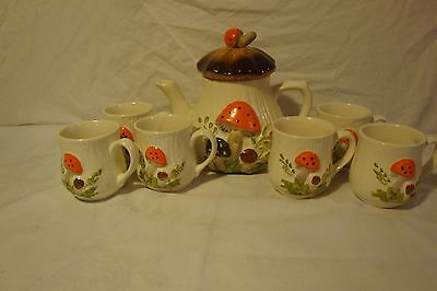Laurentian Pottery Mushrooms Teapot Coffee Pot And 6 Coffee Cups Mugs