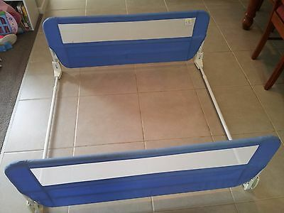 The First Years fold-down twin bed rails blue with white mesh