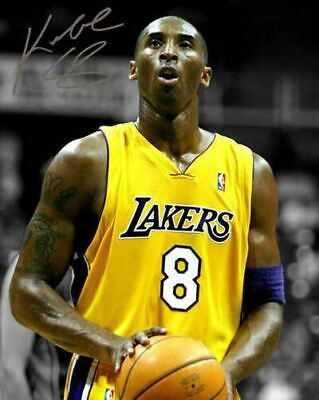 Kobe Bryant LA Lakers Rookie Jersey Number 8 Signed Photo Autograph Reprint