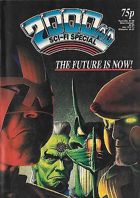 2000 AD Special 1987 - with DR & Quinch colour centrespread pinup by Alan Davis