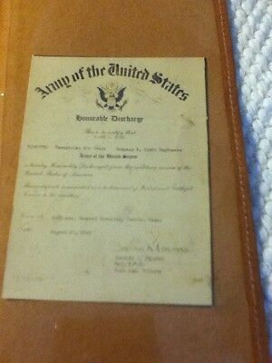 Honorable Discharge Leather Wallet  and certificate  1943 WW II