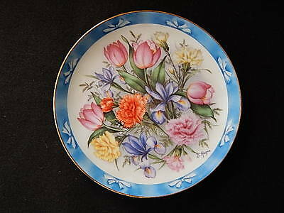 Beautiful Danbury Plate-Bouquets of the World-The Flowers of Holland