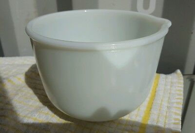 Vintage PYREX Sunbeam White Glass Mixing Bowl