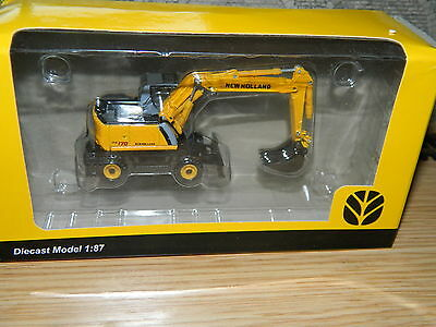 New Holland 1:87 scale WE170 Wheeled Excavator ideal for Model railway layouts
