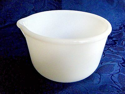 Glasbake Sunbeam Small White Mixer Bowl Replacement Excellent Used Condition