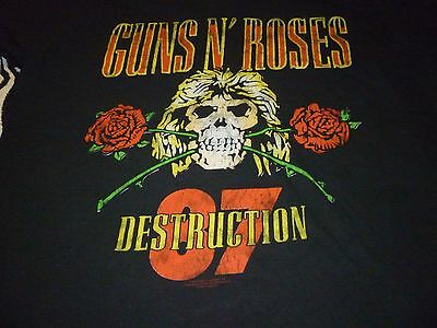 Guns N' Roses Shirt ( Used Size M )  Very Good Condition!!!