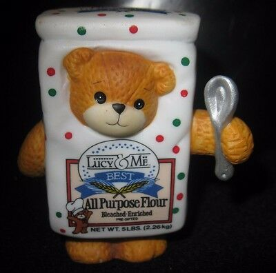LUCY RIGGS COLLECTIBLE -LUCY & ME  Bear Looking Through Flour Box