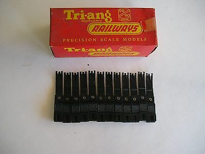 Triang R 303 12 x mast Base Series 3. 00 gauge. New and boxed.