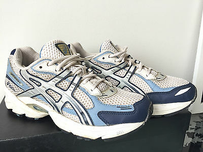 Asics Women GT-2090 2A Width Motion Control Running Shoes Runners US 9 Excellent