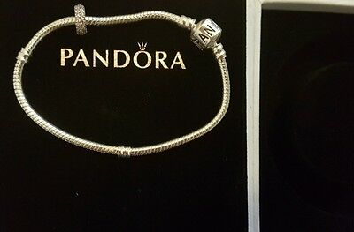 Lovely solid silver bracelet and pandora charm, 3 day auction