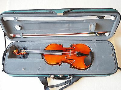 Westbury 3/4 antiqued violin with bow and case