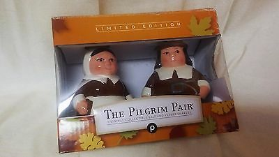 The Publix Pilgrim Pair Salt and Pepper shakers Thanksgiving holiday serving