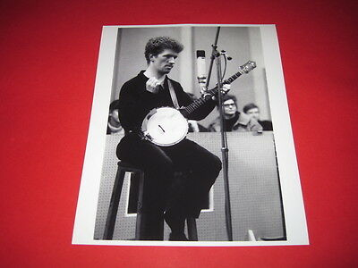 LUKE KELLY THE DUBLINERS  10x8 inch lab-printed photo P/8319