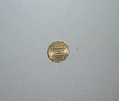 1967 BRASS 3d THREEPENNY BIT UNCIRCULATED - 50TH BIRTHDAY GIFT