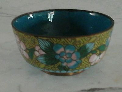 Old Small Chinese Cloisonne Yellow Enamel Floral Bowl Box Trinket Jar