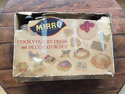 Vintage Mirro Cooky-Pastry Press And Decorator Set 350-M Aluminum Cookie Press