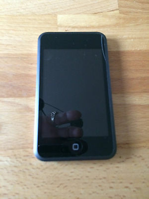 Apple iPod touch 2nd Generation (Late 2008) Black  8gb